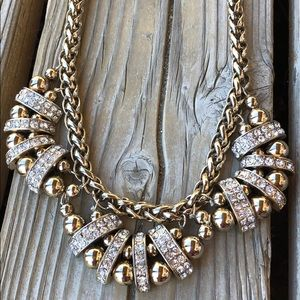 🎁Fabulous Banana Republic Chunky Crystal Necklace